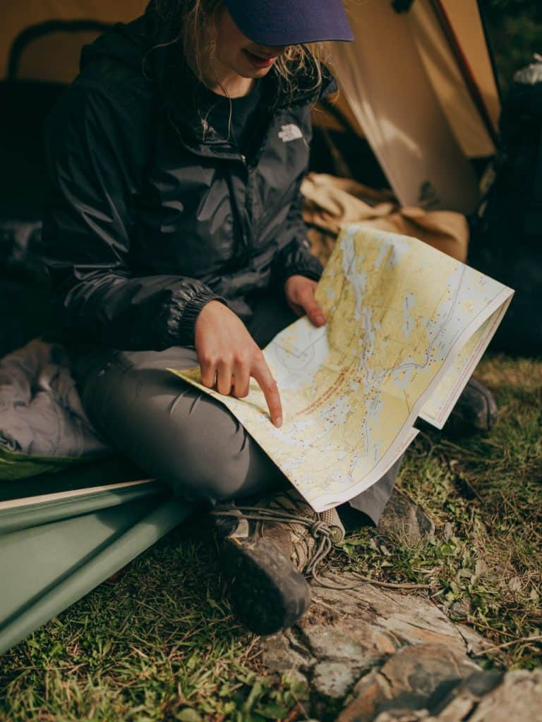 building survival skills by reading a map