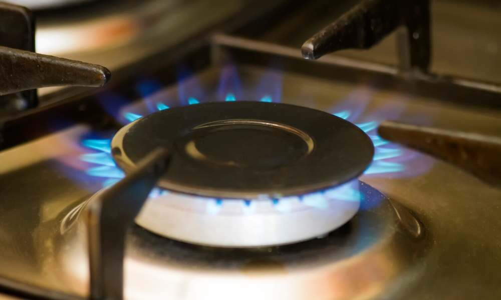 how to boil water without power using a gas stove