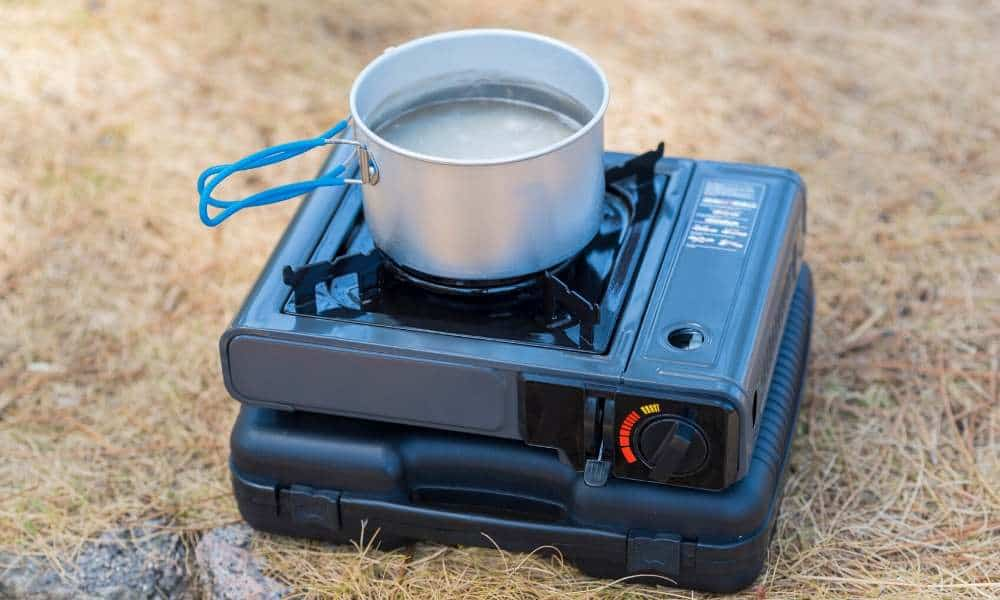 boiling water without electricity using a camp stove